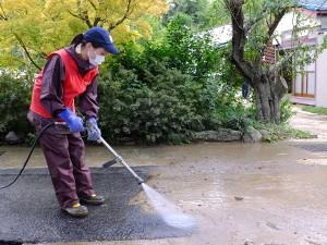 5 路面の土砂を洗浄
